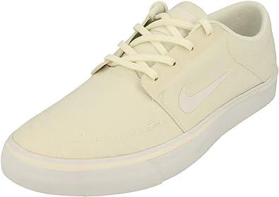 NIKE Men's Sb Clutch Skateboarding Shoes
