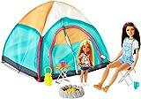 Barbie-Glocke Playset mit Vorhang, Zwei Puppen und Zubehör für Kinder, 3+ Jahre, FNY39, Mehrfarbig