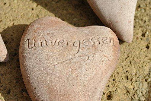 Herz aus brauner Terracotta mit Beschriftung unvergessen,18cm