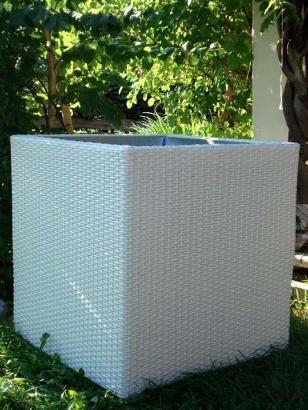 Casa Mina Polyrattan Blumenkübel Pflanzgefäße Pflanzkübel Übertöpfe Java weiß 47x47x47cm