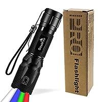 4 in 1 & Fokus-Funktion: Die LED-Taschenlampe ist mit weißem, blauem, grünem und rotem Licht ausgestattet. Die taktische DaskFire-LED-Taschenlampe verfügt über eine Fokus-Funktionen. Vergrössern Sie den Lichtkegel, um einen weiten, offenen Raum zu be...