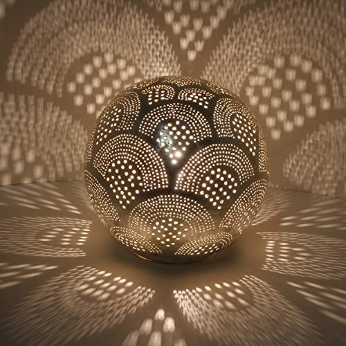Casa Moro Orientalische Tischlampe marokkanische Nachttischlampe Tahir D22 Silber in Kugelform mit E14 Fassung | Echt versilberte Bodenleuchte aus Messing aus Marokko | ESL2045