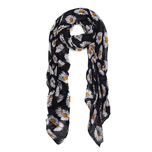 Scarf with Daisy Motif