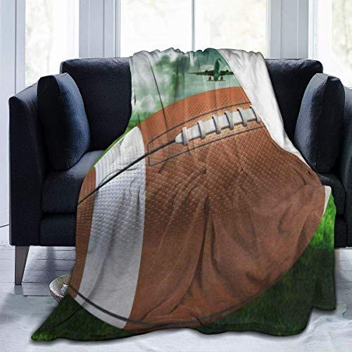 KNBNDB Manta de Felpa de Terciopelo de Franela, Manta portátil de Felpa de Felpa de avión de Aire de Hierba Verde de fútbol Americano, Manta de Franela Ligera antipilling de 50 x 60 Pulgadas