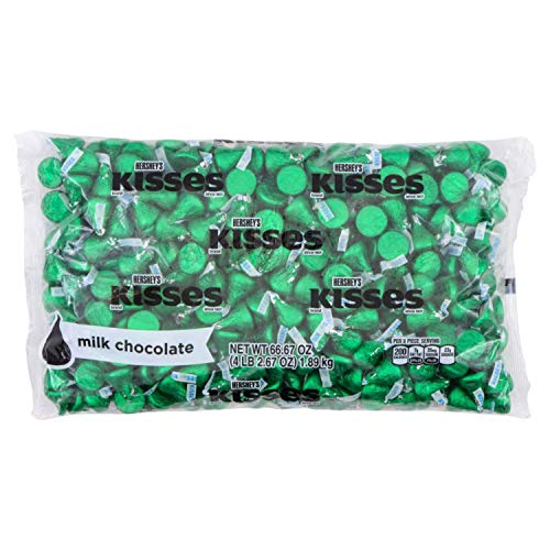 HERSHEY'S KISSES Milk Chocolate with Almonds Christmas Candy, 4.1 Pounds, Dark Green Foils, 400 Pieces
