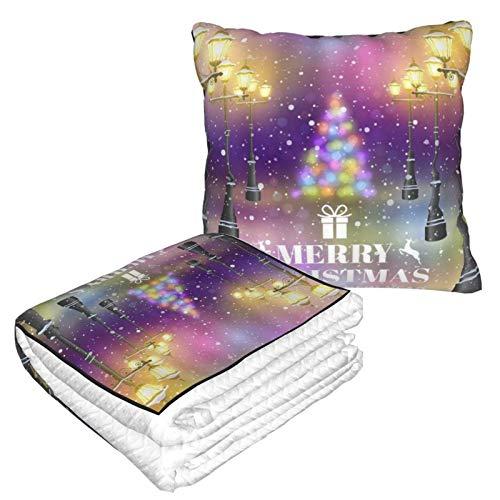 XINGAKA Manta de Viaje súper Suave,Fantasía Street View Feliz Navidad Vintage Farola Brillante Nieve Flotante Colorido Halo Feliz Año Nuevo,Manta Plegable,Almohada cómoda