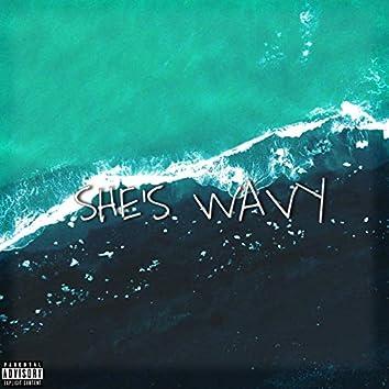 She's wavy (Feat. B_zo)