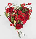 Ramo de flores frescas en forma de corazón