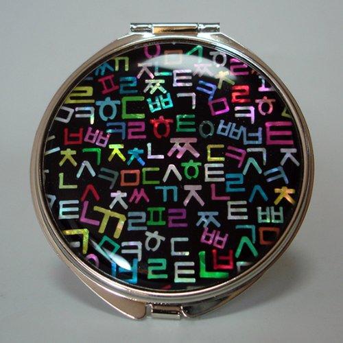 Miroir Compact en Nacre Miroir à la Main Aide Idéale pour Maquillage et Cosmétiques Maquillage Miroir de Sac Ou Sac à Main avec Motif Lettres Alphabet Coréen