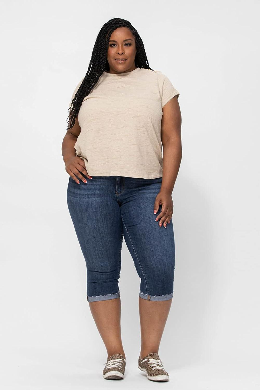 Judy Blue Mid-Rise Raw Hem Cuff Skinny Fit Capri! Your New Favorite Summer Capris (Style: 82247)