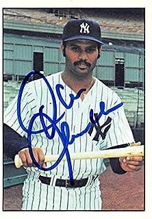 Chris Chambliss autographed baseball card (New York Yankees, SC) 1975 SSPC #434 - MLB Autographed Baseball Cards