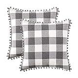 Conjunto de 2 fronhas xadrez de búfalo retrô com pompons decorativos para sofá da Mixe, Grey and White, 20''x20''