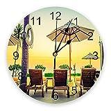 Reloj de Pared Redondo silencioso, Estilo Vintage, sombrilla, Tumbona en la Playa en el crepúsculo, Reloj de Pared Decorativo de Cuarzo con Pilas para Oficina, Cocina, Sala de Estar