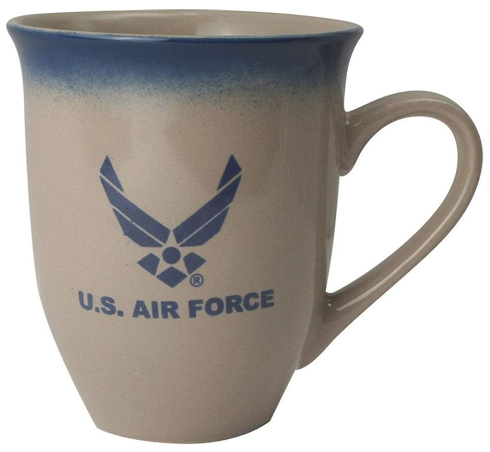 側溝ウォーターフロント交渉するU.S. Air Force ウィングロゴ 16オンス クリームラテ コーヒーマグ