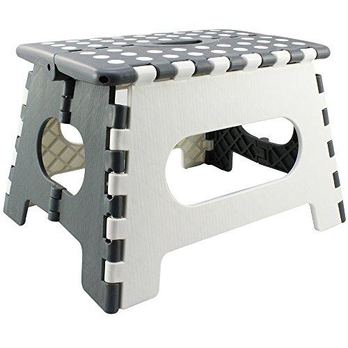com-four® Klapptritt mit Gumminoppen, Klapphocker in weiß/grau, 34,5 x 22 x 27 cm (34.5 x 27 x 22 cm weiß/grau - 01 Stück)