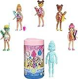 Barbie Color Reveal mini-poupée Chelsea avec 6 éléments mystère, série Plage, 4 sachets surprise, modèle aléatoire, jouet pour enfant, GTT25