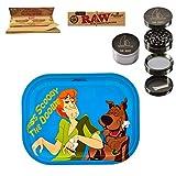 THE BOAT Kit para Fumar - Bandeja para Liar pequeña Scooby the Doobie 18cm x 14cm + Raw Papel de Liar Kings Size (2 Unidades) + Grinder metálico 4 Partes con rascador - para su Uso en Tabaco.