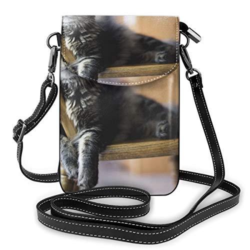 Braune getigerte Katze auf Holz-Windsor-Stuhl, kleine Umhängetasche, Handtasche, Crossbody-Tasche, Handtasche aus PU-Leder mit verstellbarem Riemen für den Alltag