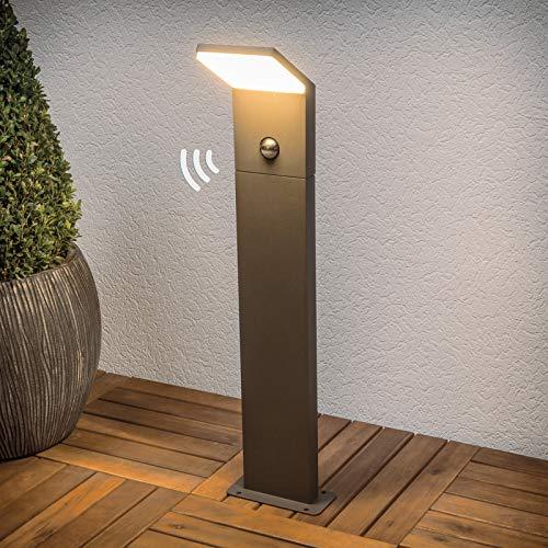 Lucande LED Außenleuchte 'Nevio' mit Bewegungsmelder (spritzwassergeschützt) (Modern) in Schwarz aus Aluminium (1 flammig, A+, inkl. Leuchtmittel) - Wegeleuchte, Pollerleuchte, Wegelampe