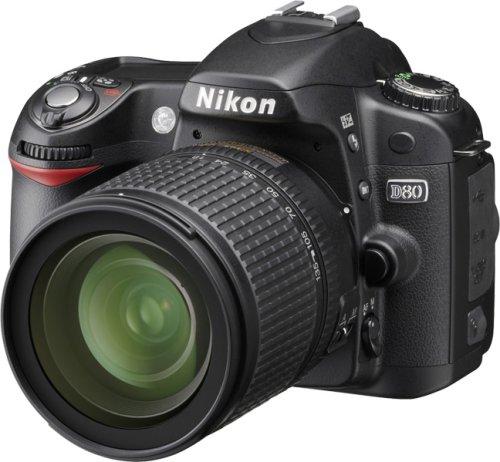 Nikon D80 SLR-Digitalkamera (10 Megapixel) Kit inkl. 18-135mm 1:3,5-5,6 Objektiv