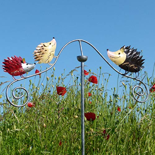 Pommerntraum ®| Windspiel Gartenstecker aus Metall | Unruhe | Mobile | Gartenpedel | Gartendekoration | Igel | Igelfamilie