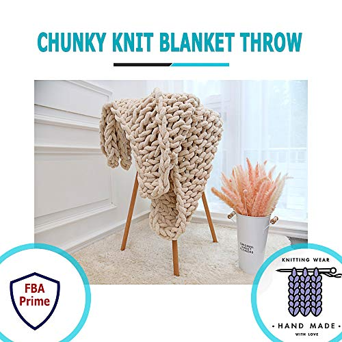 Chunky Knit Blanket Throw,PUSUNAS 40x60 Inch Large Bulky Hand knitted Blanket by Chenille Cable Yarn - Baby Safety Soft & Warm Knitting Blanket for Home Couch,Sofa,Bed,Pet Throw,Queen King Size(White)