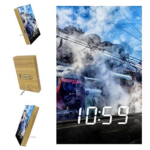 nakw88 Digitaler Wecker mit Dampflokomotive, Zug, Eisenbahn, Uhrzeit, Datum, Kalender, Temperatur für Zuhause, Büro, Schlafzimmer, LED-Display, Schreibtischuhr, Anzeige für Kinder und Erwachsene