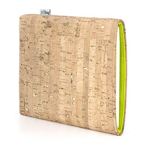stilbag eReader Hülle VIGO für Icarus Illumina XL6 | eBook Reader Tasche - Made in Germany | Kork Natur mit Gold, Wollfilz apfelgrün