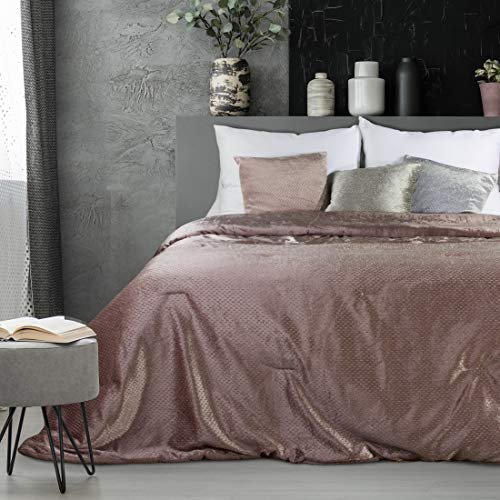 Eurofirany Tagesdecke Eleganter Bettüberwurf Mady Überdecke Plaid Velvet Samtdecke Zierdecke (Altrosa, 220 x 240 cm)