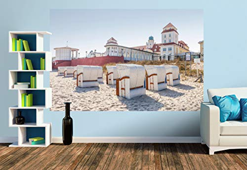 Premium Foto-Tapete Strandkörbe vor dem Kurhaus in Binz auf Rügen (versch. Größen) (Size M | 279 x 186 cm) Design-Tapete, Wand-Tapete, Wand-Dekoration, Photo-Tapete, Markenqualität von ERFURT