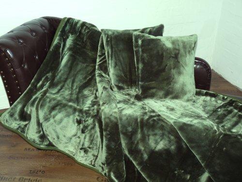 Natur-Fell-Shop 3tlg. Set Kuscheldecke Tagesdecke Uni dunkel grün 160x200cm + 2 Kissen 40x40cm
