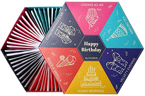 Happy Birthday von Acorus - Teeset zum Geburtstag für alle, die uns wichtig sind. Auswahl an Früchte-, Kräuter- und Schwarztee mit warmen Wünschen, die auf die Schachtel geschrieben stehen