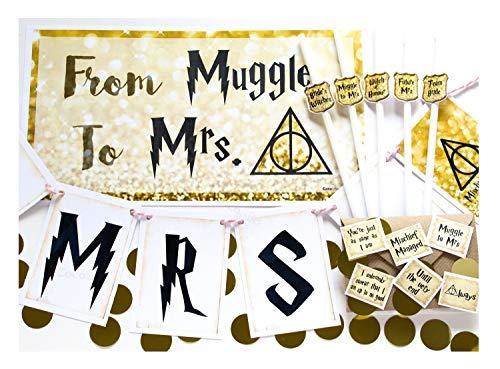 """Coco & Bo – Dekorationspaket """"Muggle to Mrs"""" für Junggesellinnenabschied, Harry-Potter-/Hogwarts-Motive – Schilder, Strohhalme, Tischwimpelkette und Konfetti, Gold und Weiß"""