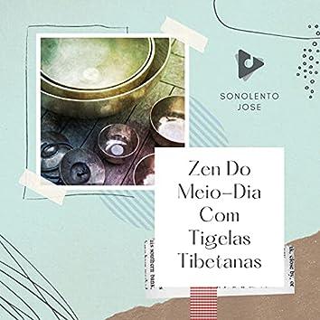 Zen Do Meio-Dia Com Tigelas Tibetanas