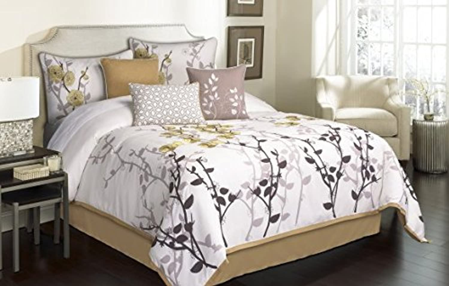 Riverbrook Home 74447 Garnier Comforter Set, Tan Ivory, 7-Piece, King