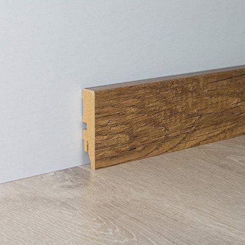 Sockelleiste Fußbodenleiste Exklusiv Profil aus MDF in Eiche Mammut mit Perlstruktur 2600 x 18 x 70 mm (mit kleinem Kabelkanal)