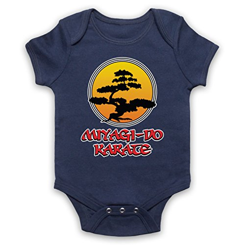 My Icon Art & Clothing Karate Miyagi Do Logo Bonsai Tree Dojo Logo Sports Film Babystrampler, Ultramarinblau, 3-6 Monate