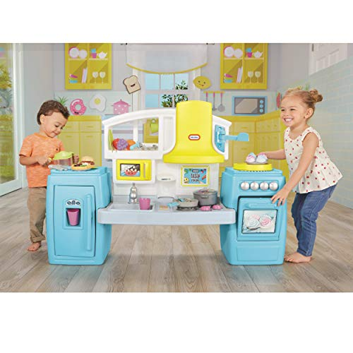 The Tasty Jr. Bake N Share Kitchen is a fun toy for 3-year-old-boys