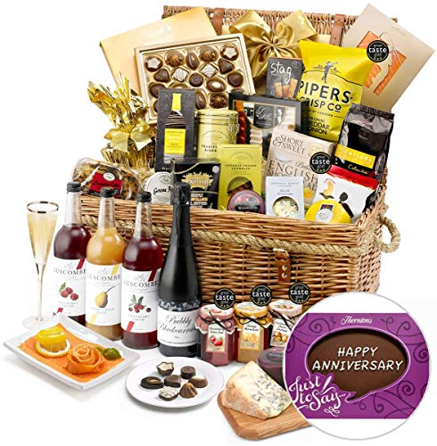 Anniversary & Wedding Kingham Hamper - Alcohol-Free