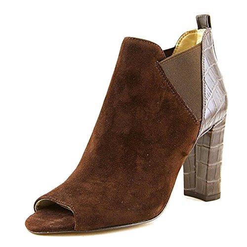 Marc Fisher Women's Sayla Brown Shoe