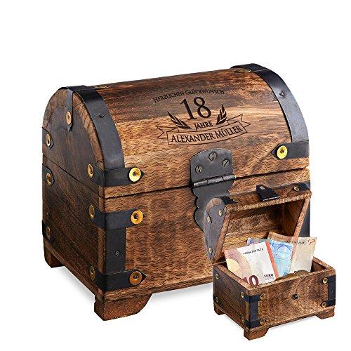 Casa Vivente Schatztruhe mit Gravur – Zum 18. Geburtstag – Personalisiert mit Namen – Aufbewahrungsbox aus dunklem Holz – Verpackung für Geld und Gutscheine – Geschenkidee zur Volljährigkeit - 2