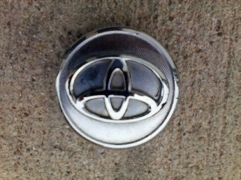 TOYOTA OEM Yaris Corolla Prius 2005-2011 Wheel Center Cap HUBCAP 42603-02220