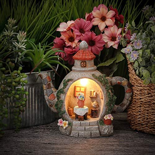 TERESA'S COLLECTIONS Gartenfiguren für Außen Teekanne Haus Gartenleuchte 18.5cm Kunstharz Wetterfest Feengarten Fairy Gartendeko Figuren Solar LED Licht für Terrasse Rasen Haus MEHRWEG Verpackung
