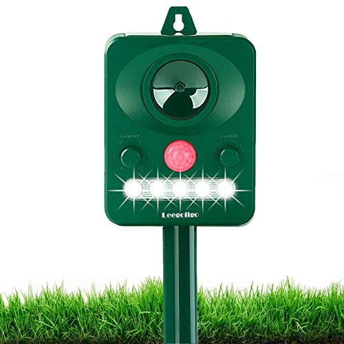 Solar Animal Repeller, Outdoor Motion Detector& Flashing Light, Dog, Cat Repellent, Squirrel, Raccoon, Skunk, Rat, Mole, Deer, Rabbit