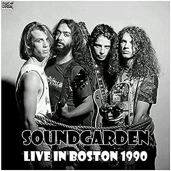 Live In Boston 1990 (Live)