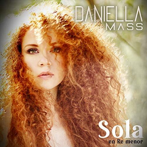 Daniella Mass