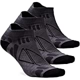 1. No Show Moisture Wicking No Blisters Athletic Running Socks for Men and Women