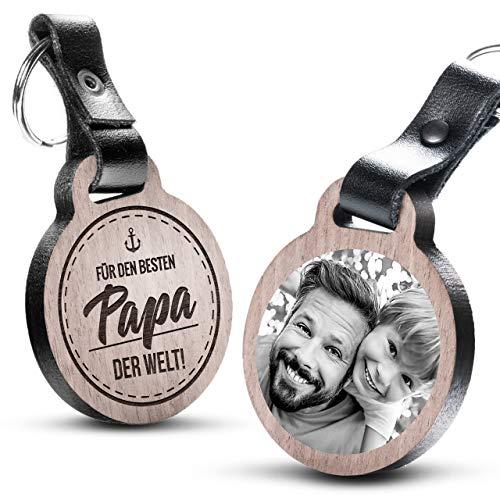 """Premium schenkYOU Schlüsselanhänger mit Foto aus Holz und dunklem Echtleder - personalisierte Geschenkidee - Gravur """"Für den besten Papa der Welt"""""""