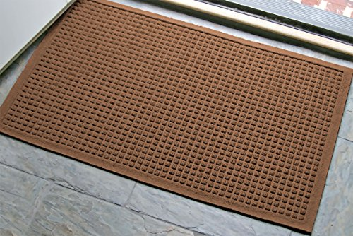 WaterHog Fashion Mat   Commercial-Grade Entrance Mat with Fabric Border – Indoor/Outdoor, Quick Drying, Stain Resistant Door Mat (Dark Brown, 2' x 3')