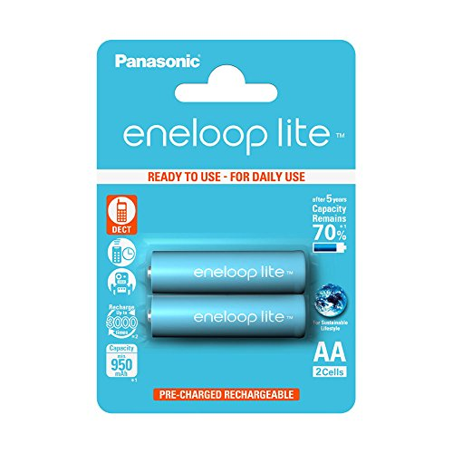 Panasonic eneloop lite AA Ready-to-Use Mignon NI-MH Akku BK-3LCCE/2BE (950 mAh, 2er Pack) -